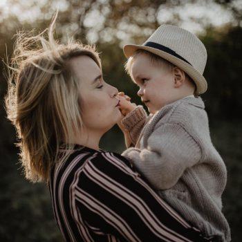 Lisa von verleoliebt mit ihrem Sohn Leo